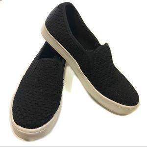 Report Black Bungie Slip-On Sneakers, 6